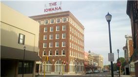 Iowana Hotel