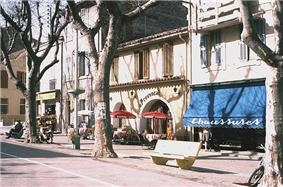Shops in Istres
