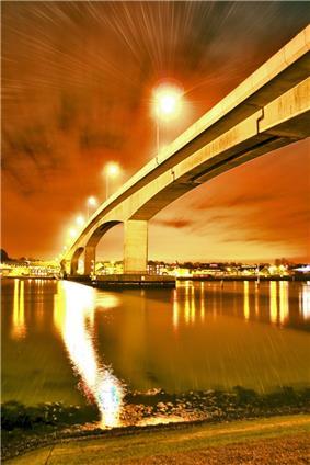 Picture of the Itchen Bridge