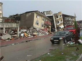Damage from the Izmit earthquake