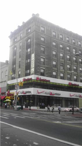 J. Kurtz and Sons Store Building