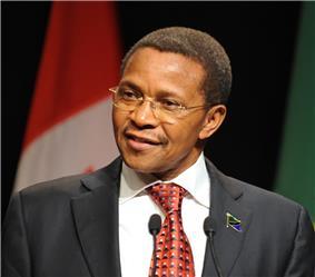 Jakaya Kikwete 2011 (cropped).jpg