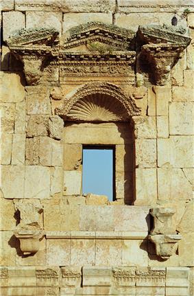 Jerash29-artemida temple(js).jpg
