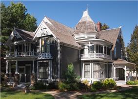 John G. Lund House