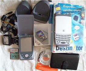 HP Jornada 568 with accessories
