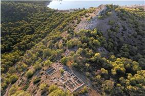 Mycenaean acropolis at Kanakia 13th century BC