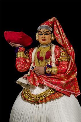 Kathakali Female Character BNC.jpg