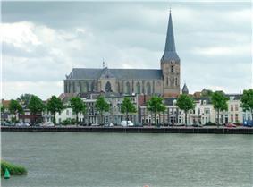 Kampen city centre with the Bovenkerk in the centre