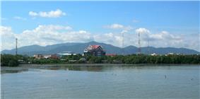The Khao Khiao Massif rising behind Chonburi town