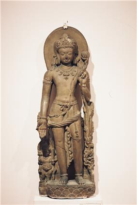 A statue of Avalokisteshvara found at Nalanda.