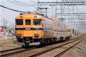Kintetsu-30000 001 JPN.JPG