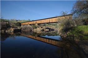Knight's Ferry covered bridge