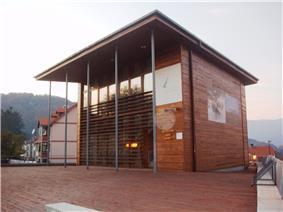 Kolasin - The modern building of Kolasin Tourist office.JPG