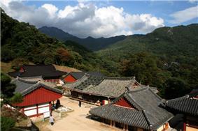 Korea-Haeinsa-02.jpg