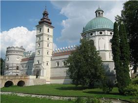 Krasiczyn castle 3.jpg