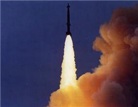 LIM-49A Spartan launch color.png