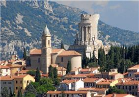 The church of La Turbie and the Tropaeum Alpium