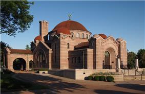 Lakewood Cemetery Memorial Chapel