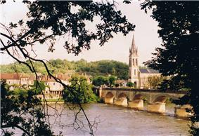 Lalinde and the Dordogne River