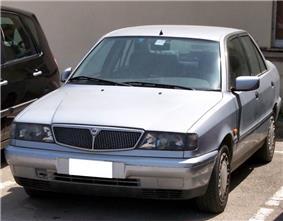 Lancia Dedra.