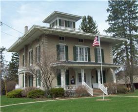 Larrowe House