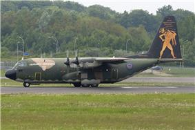 Lockheed C-130H Hercules Greece - Air Force 752, LUX Luxembourg (Findel), Luxembourg PP1257764318.jpg