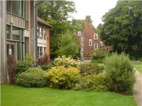 Lucy Cavendish College Library