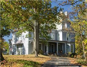 Luethstrom-Hurin House
