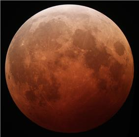 October 8, 2014 lunar eclipse