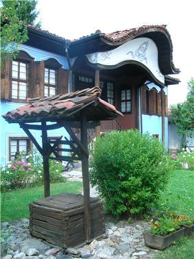 Lyutov House-2.JPG