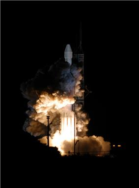 The launch of MESSENGER on a Delta II launch vehicle
