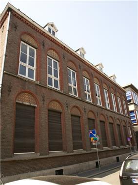 Maastricht - rijksmonument 506635 - Capucijnenstraat 120 20100710.jpg