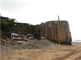 Mahim Fort 2.jpg