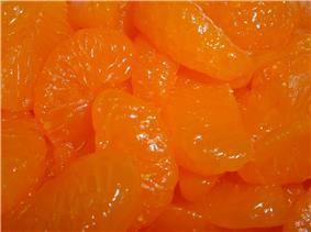 Canned and peeled mandarin orange segments