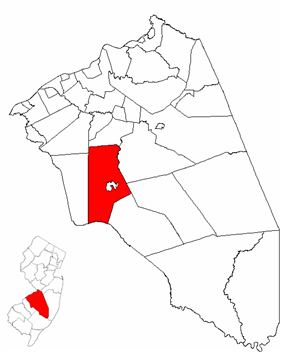 Medford Township highlighted in Burlington County. Inset map: Burlington County highlighted in the State of New Jersey.