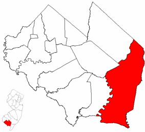Maurice River Township highlighted in Cumberland County. Inset map: Cumberland County highlighted in the State of New Jersey.