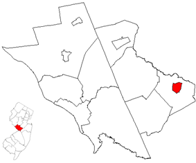 Hightstown highlighted in Mercer County. Inset map: Mercer County highlighted in the State of New Jersey.