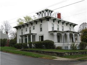 Maple Street Historic District