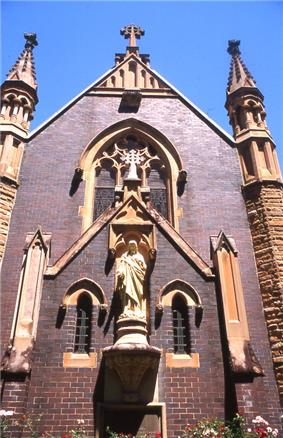 Mary Mackillop Memorial Chapel, Mount Street, North Sydney, New South Wales, Sydney - Wiki0152.jpg