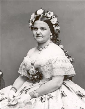 Black and white photograph of Mary Todd Lincoln