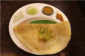 Masala Dosa as served in Tamil Nadu,India.JPG