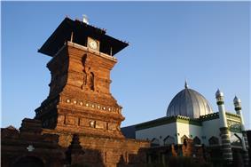 Masjid Menara Kudus.jpg