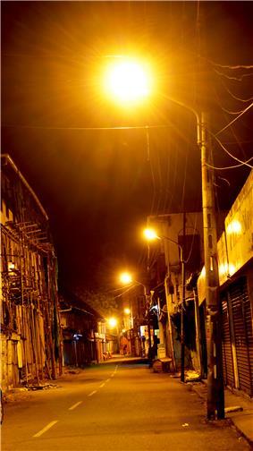 A street of Mattancherry at night