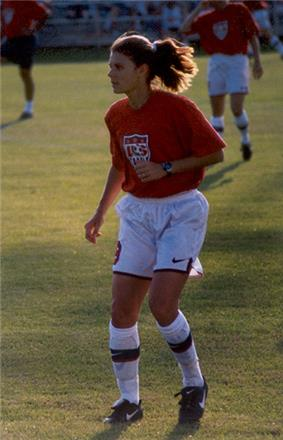 Mia Hamm in pregame workout.