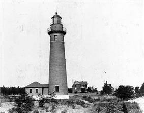 Middle Island Light