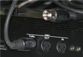 MIDI connectors and a MIDI cable