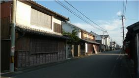 Two-storied wooden houses.