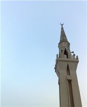 Minaret of a mosque in the center of jubail town proper. Saudi Arabia.4-23-2010.jpg