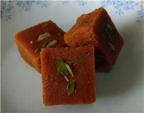 Mohanthar (Gram Flour Fudge)