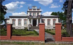 19th century dwór in Mszczonów